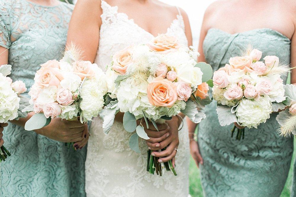 Marryland Weddings Mint and Navy Chateua Bu-De Bohemia Manor Farm Wedding Brittany Thomas Photography_1064.jpg