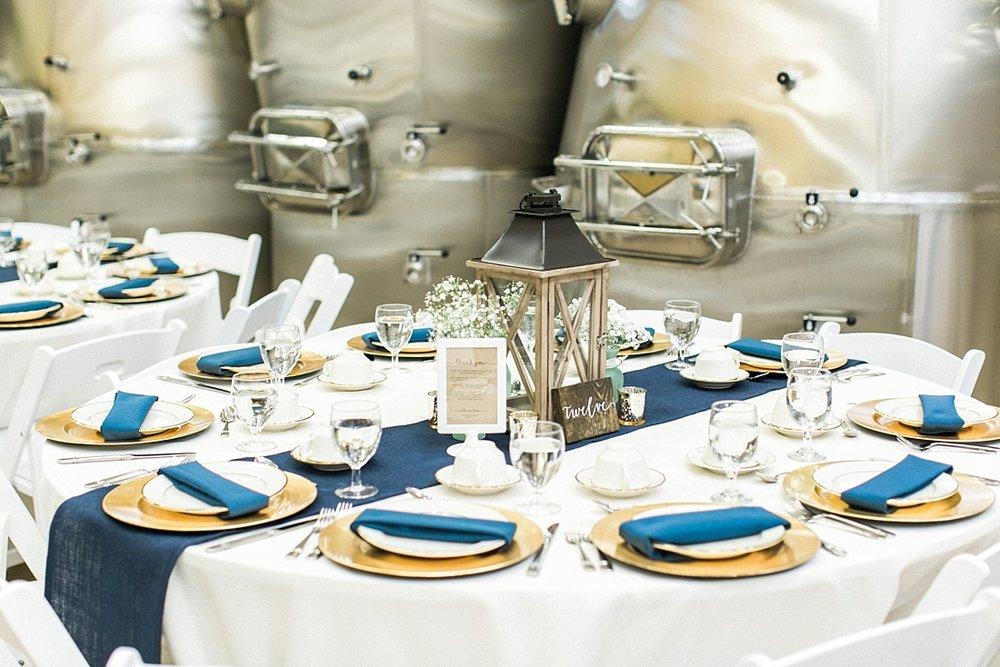 Marryland Weddings Mint and Navy Chateua Bu-De Bohemia Manor Farm Wedding Brittany Thomas Photography_1070.jpg