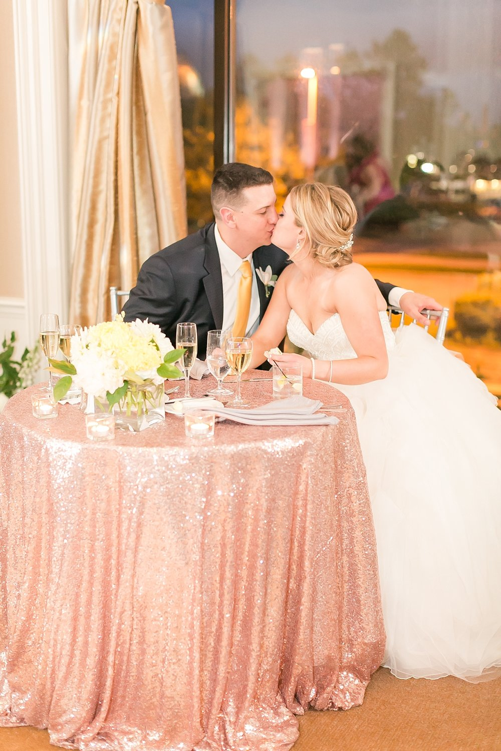 Marryland Weddings Downtown Baltimore Royal Sonesta Wedding Heather Chipps Photography_1120.jpg