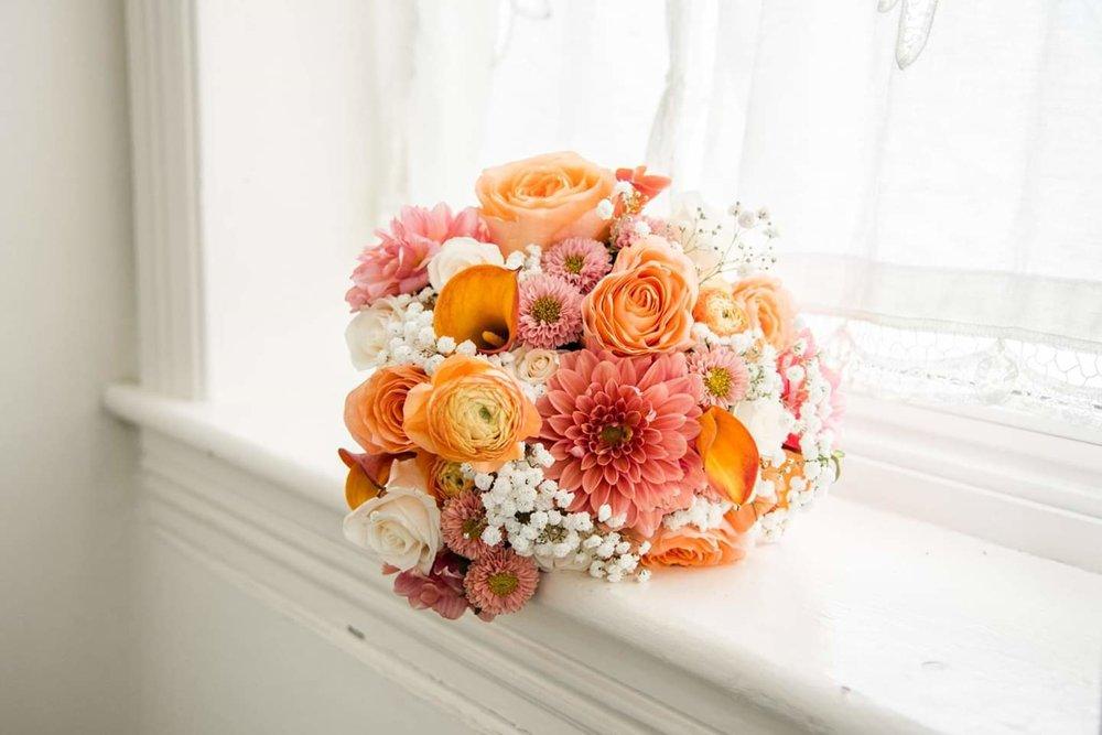 Fiddlestix_Florals.jpg
