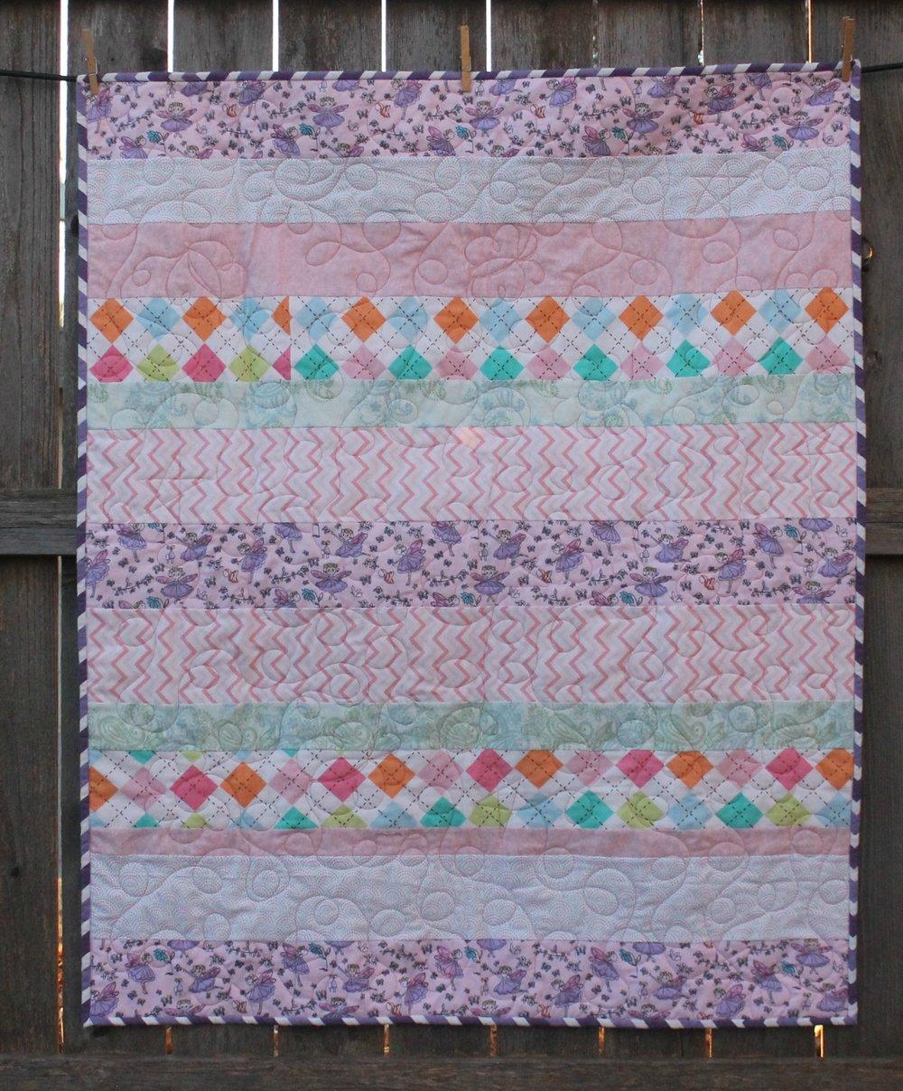 Butterfly_flannel_strip_quilt_1.jpg