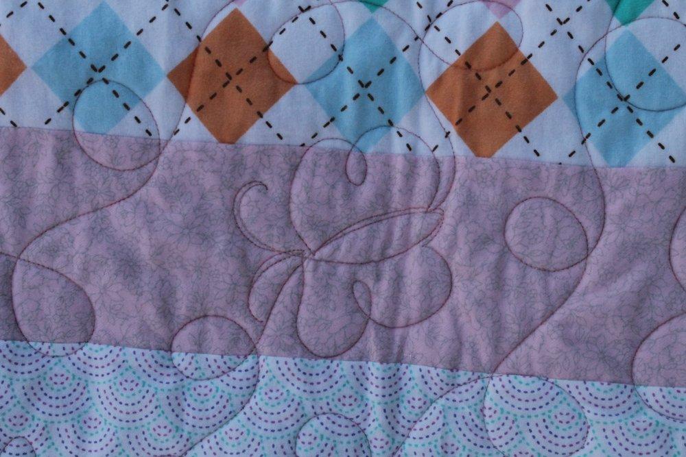 Butterfly_flannel_strip_quilt_5.jpg