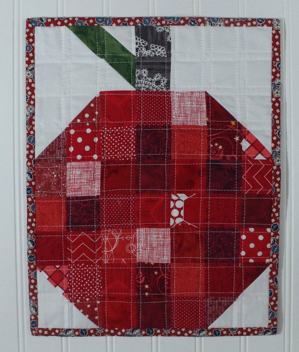 apple mini quilt