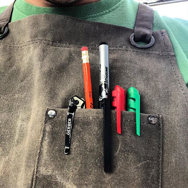 What's in your apron pocket?  My @hudsondurablegoods apron always has plenty to write with, cut with, measure with, and mark with.  These awesome @woodshop101podcast special edition @revmarkmarker stay in my top pocket for when I need them. #revmark #shopapron #southernwoodworkers #woodworking #organization #maker #gerberknives #milwaukeetools #motivationmonday