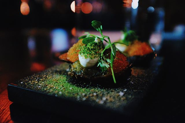 Jordärtskocka, löjrom, crème fraiche, dill, kavring ✨💥 #restaurangnabo #preview #nabopopup
