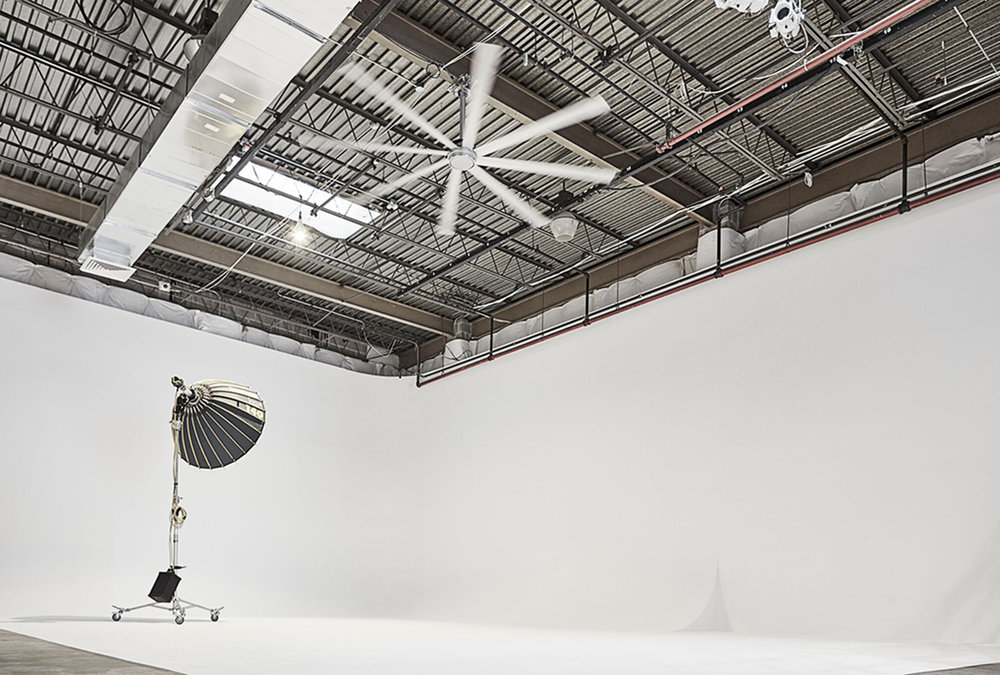 Drive on 360 Turn, Cyclorama (28' x 28' x 18')