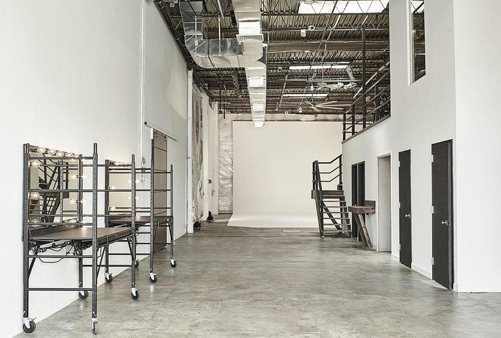 Studio Entrance - Drive in 360 Turn Studio