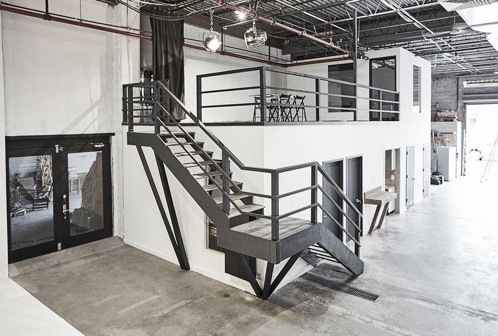 Producers Lounge (Mezzanine)