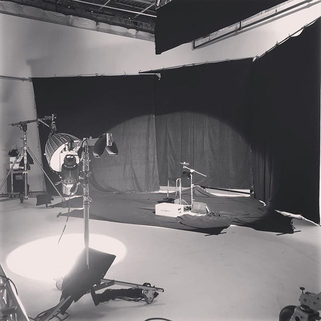 """""""Life is unpredictable, and I feel to some extent, lighting and cinematography should be reflected by that"""" Rachel Morrison #lytehousestudio #levynyc #nyc #filmstudio #photostudio #commercial #commercialshoot #commercialstudio #tv #brooklyn #filmmaking #filmmaker #filmshoot #video #eq #eande #electric #grip"""