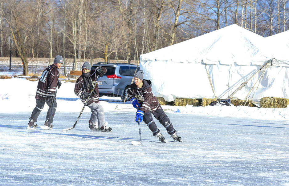 Divisions Great Lakes Pond Hockey