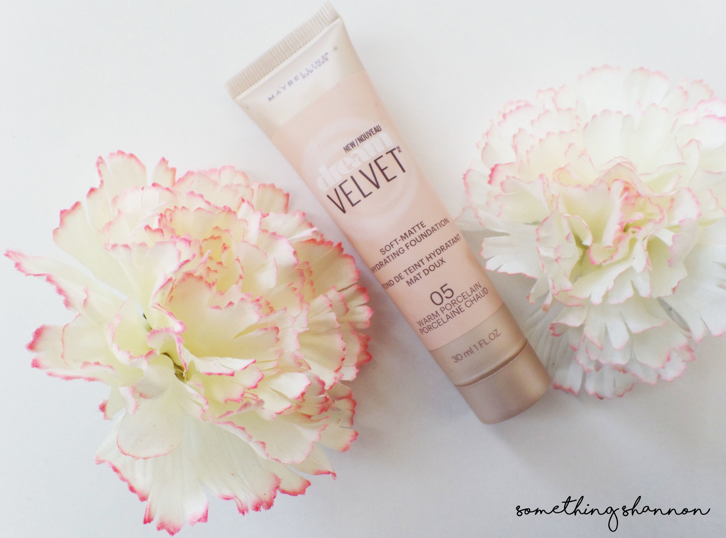 Maybelline Velvet Dream Foundation