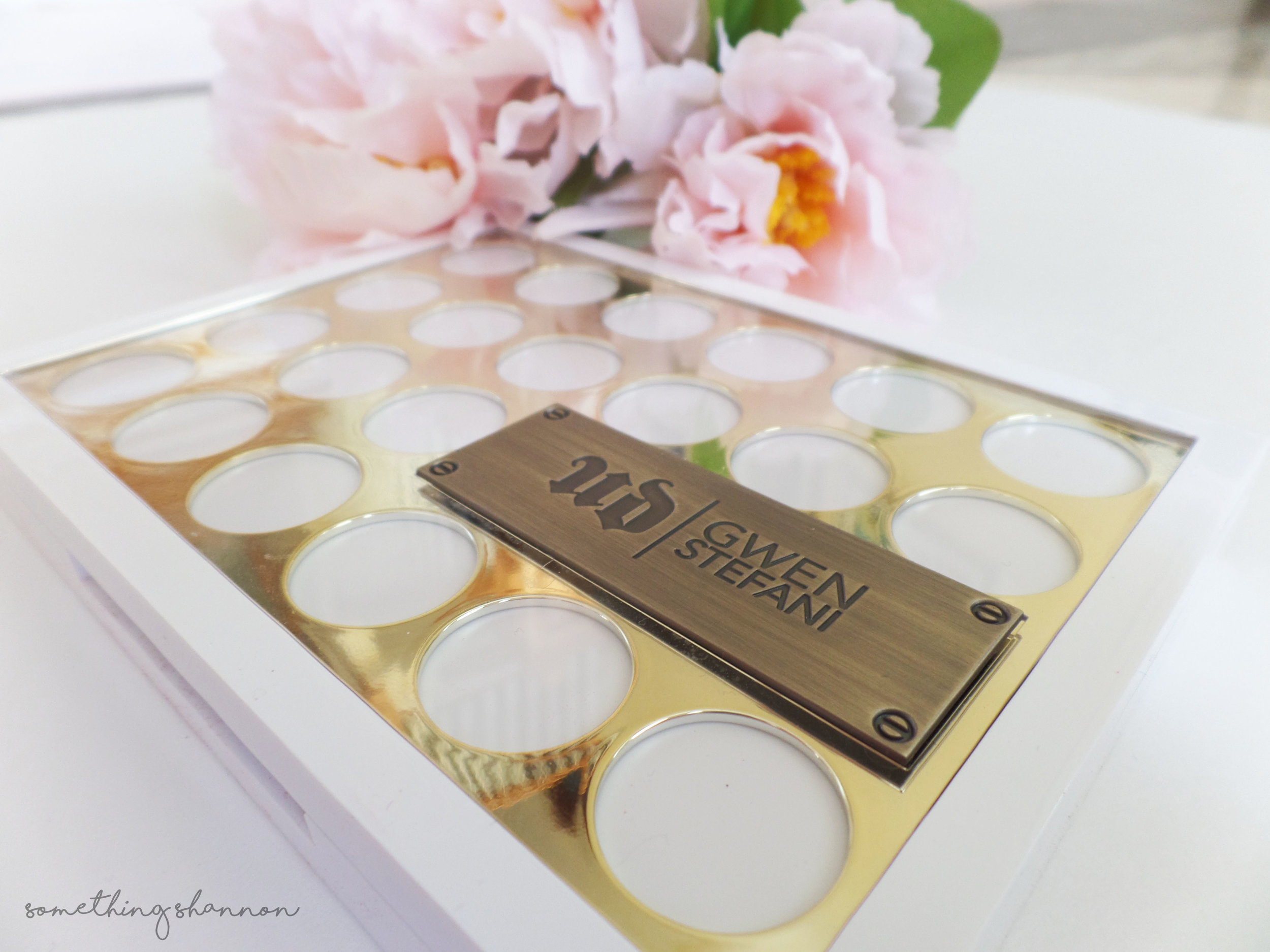 Gwen Stefani Blush Palette Review
