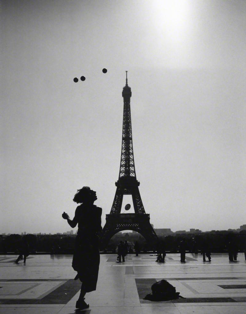 Paris-jugglerweb.jpg