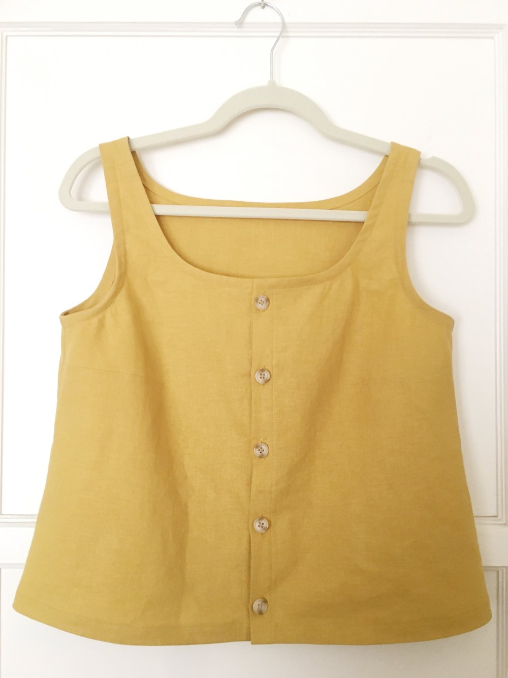 "I had enough gold linen/rayon left from my first Adelaide hack to whip this up as my first #sewingleftovers project.  Shauni is so inspiring and I'm really motivated to make good use of all my leftovers.  This top can be made up in about 24 inches of 50"" wide fabric.  Waste no more!"