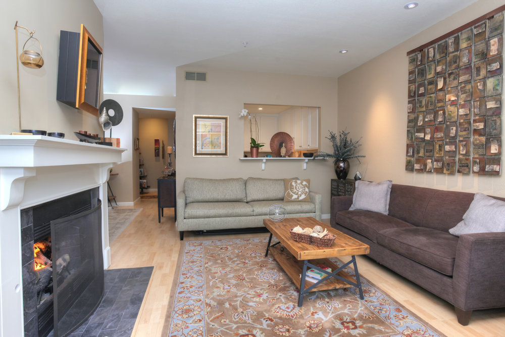 Beachgrove Condo, Carpinteria $625,000 SOLD