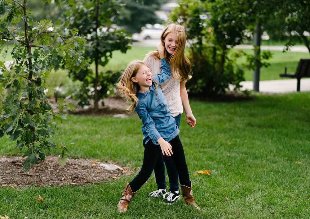 Rempel-Photography-Amsler-family-oak-park-calvary-memorial-chicago-26.jpg