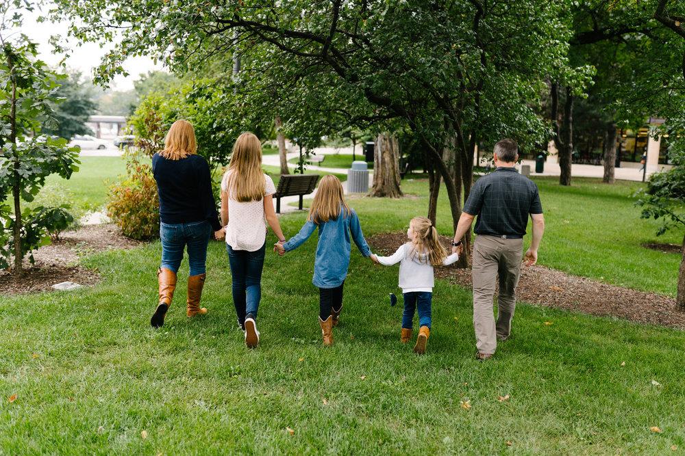 Rempel-Photography-Amsler-family-oak-park-calvary-memorial-chicago-44.jpg