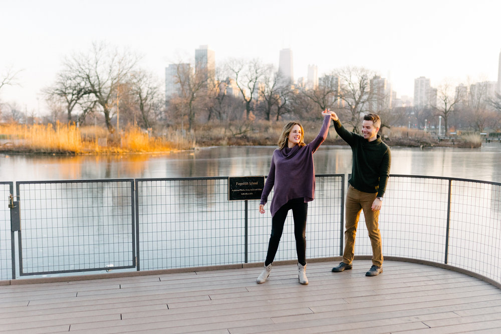 017-rempel-photography-chicago-wedding-photography-christina-paul-lincoln-park-engagement-session-second-city-bar.jpg