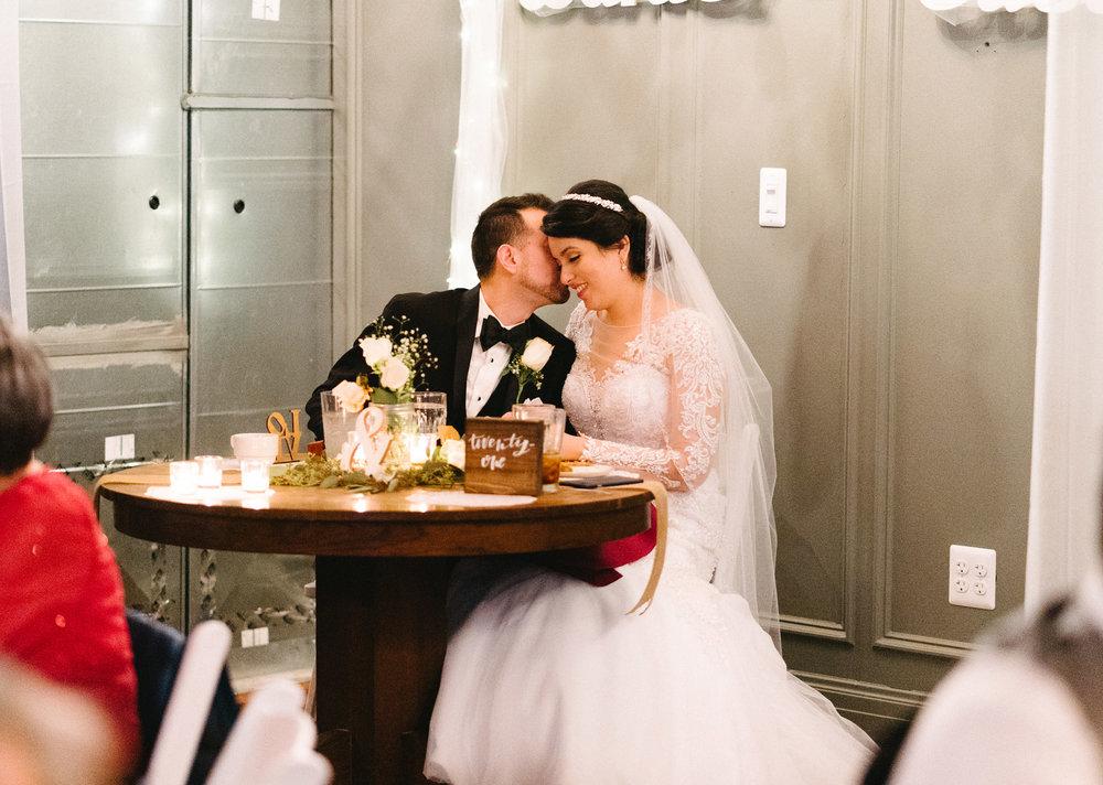 050-rempel-photography-chicago-wedding-inspiration-susan-daniel-michigan-metro-detroit-christian-church-holly-vault-cupcakes-and-kisses.jpg