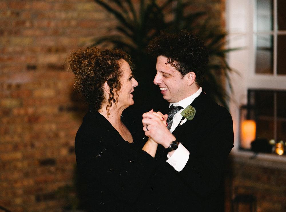 122-rempel-photography-chicago-wedding-inspiration-west-loop-fulton-market-caitlin-max-loft-lucia-venue-lindsey-marino-city-bbq-dana-hotel-and-spa.jpg