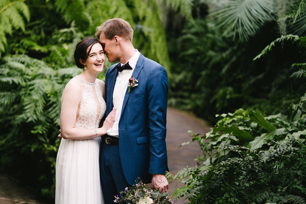 041-rempel-photography-chicago-wedding-inspiration-meredith-will-garfield-park-conservatory-painted-door-menguin-here-comes-the-bride-lulus-marcellos.jpg