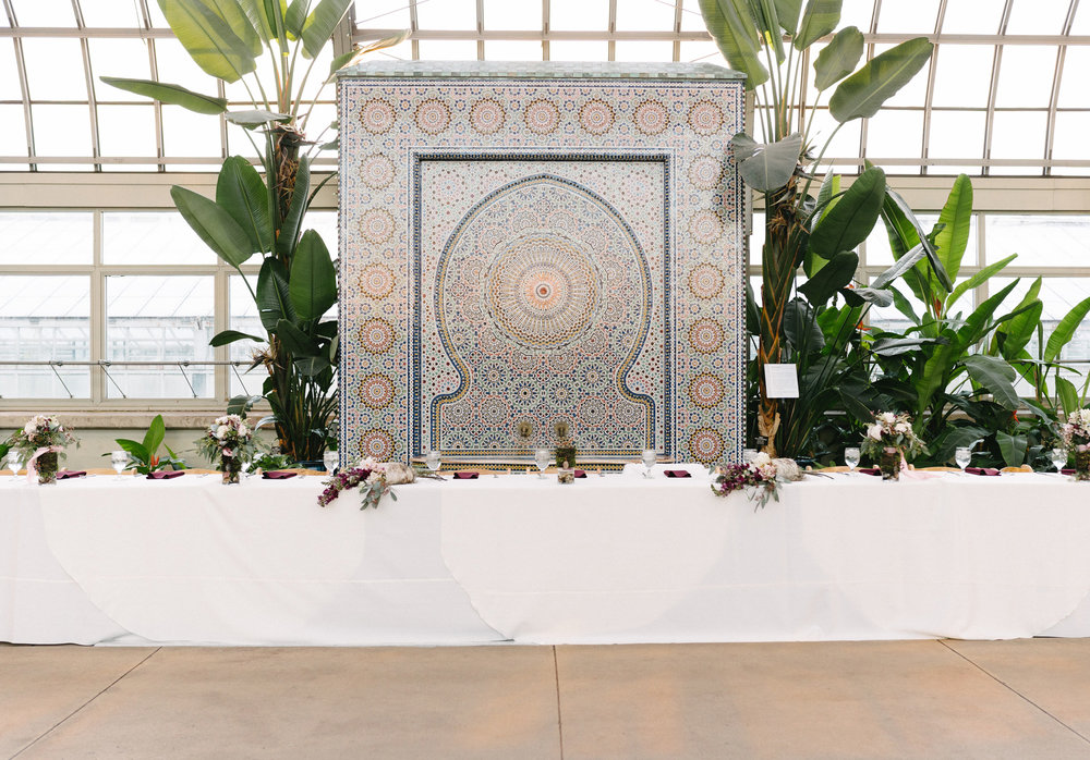 046-rempel-photography-chicago-wedding-inspiration-meredith-will-garfield-park-conservatory-painted-door-menguin-here-comes-the-bride-lulus-marcellos.jpg