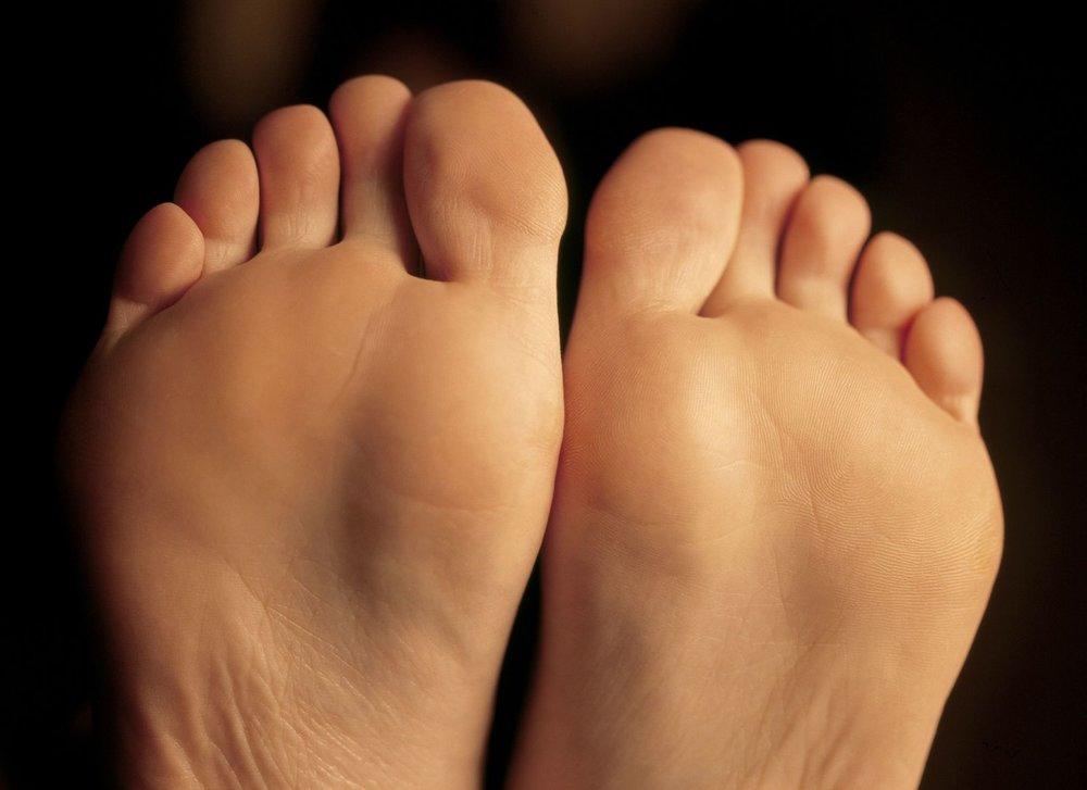 465366_L_Feet_Bottom of Feet_Toes.jpg