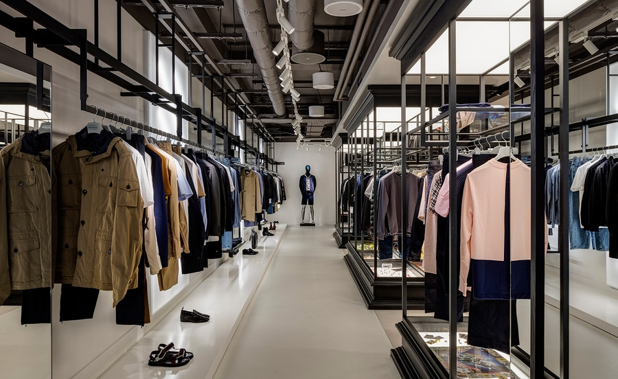 RETAIL & FASHION -