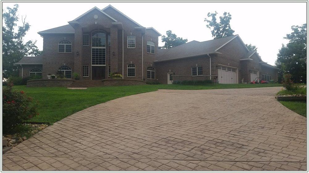 large house 1.jpg
