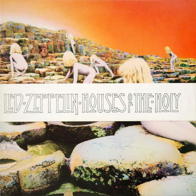 """Si queréis saber las curiosidades de está portada del disco """"houses of the holy"""" podéis hacerlo en esta maravillosa redacción de Xavier Valiño  AQUÍ  Hace poco he estado en Irlanda precisamente en la localización donde se ha realizado esta portada """"La calzada del Gigante"""" y es un lugar increíble, pronto os enseñaré fotos y video aquí en el blog :) pero por el momento os recomiendo ver el post de Xavier. Y creo que no es necesario que diga que Led Zeppelin...es uno de mis grupos favoritos ¿No?   Diseñadores de la portada: Hipgnosis (Storm Thorgerson y Aubrey Powell).   Fotógrafo: Aubrey Powell.   Fecha de edición: 28 de marzo de 1973."""