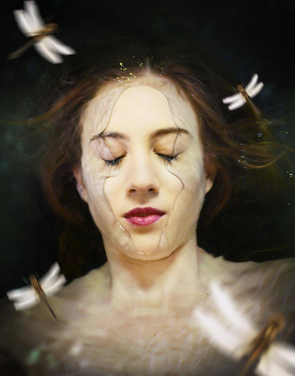 Y para finalizar os dejo con esta imagen de  Gabriela Paola Pedreira  me he enamorado de ese momento justo de inmersión, tiene algo mágico y místico...