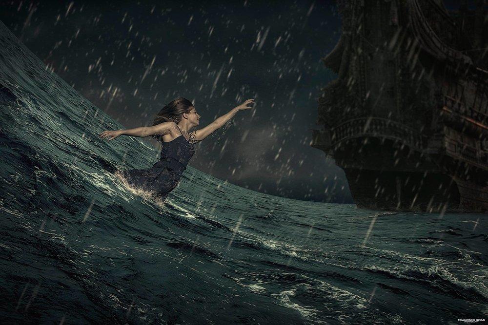 Y para acabar  Francisco Rivas lleva el naufragio a su visión más literal y cinematográfica, un gran trabajo.
