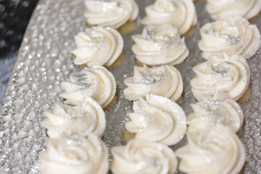 Baby Shower Dessert Table Cupcakes.jpg