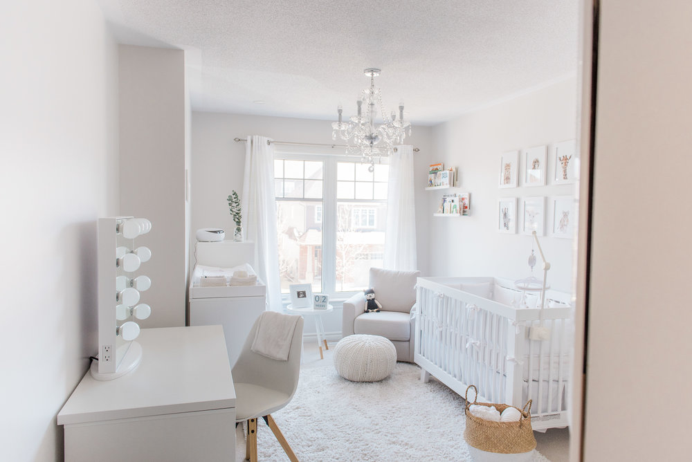0003_Newborn_Lifestyle___All_White_Nursery_Baby_Boy___Hanan.jpg