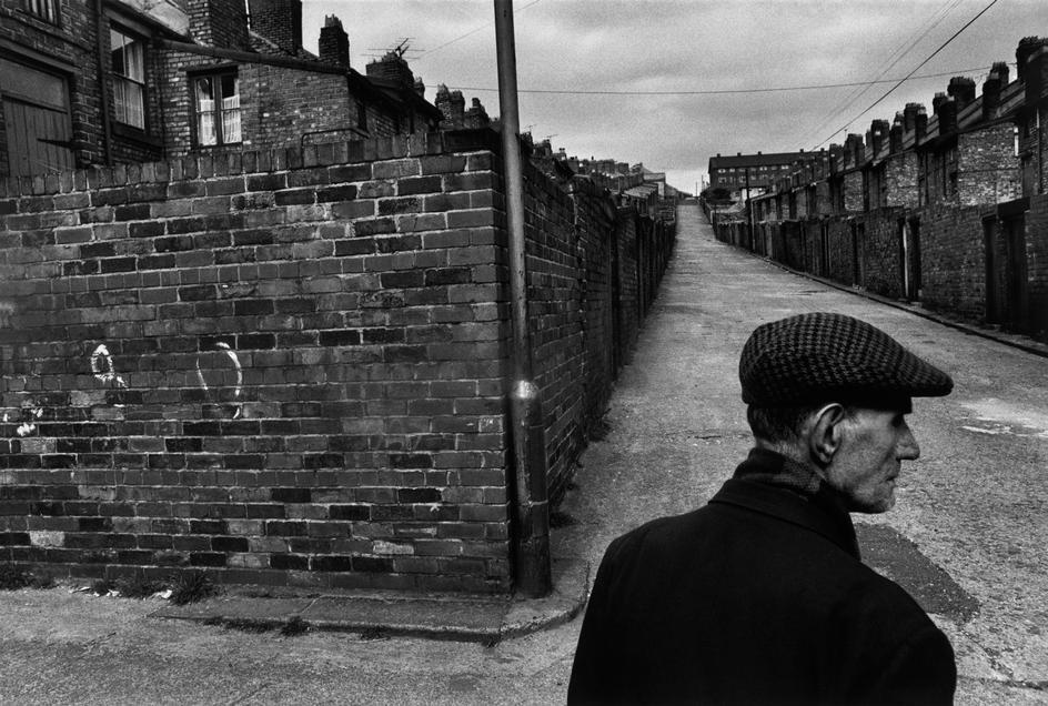 London, 1976.