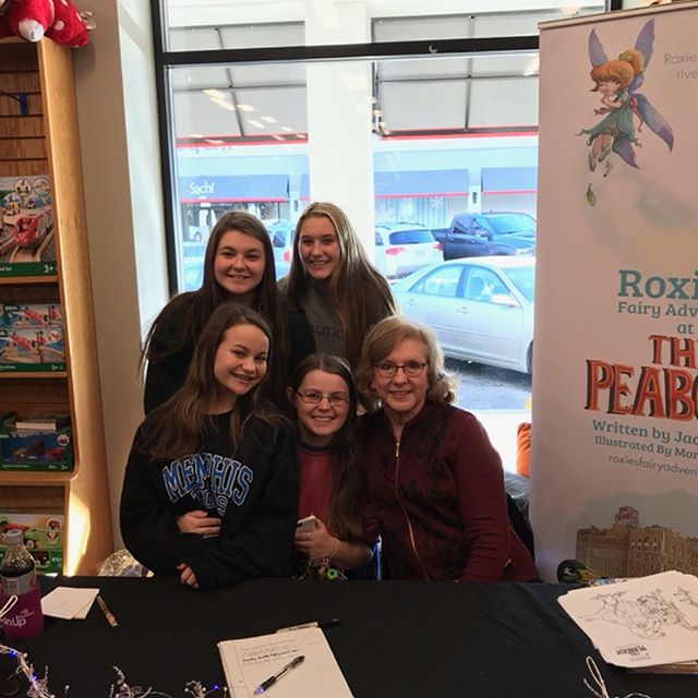 Enjoyed meeting lots of Fairy Lovers at Novel last weekend! #roxie #roxiethefairy #roxiesfairyadventure #novelmemphis #fairies