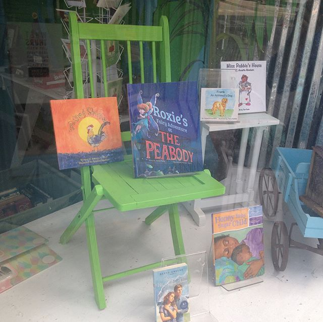 Woohoo! Roxie's Fairy Adventure at The Peabody is featured in the South Main Book Juggler's front window!