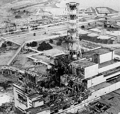 The ruins of Reactor 4 at the Chernobyl Power Plant in 1986. Image from    gost-story.co.uk