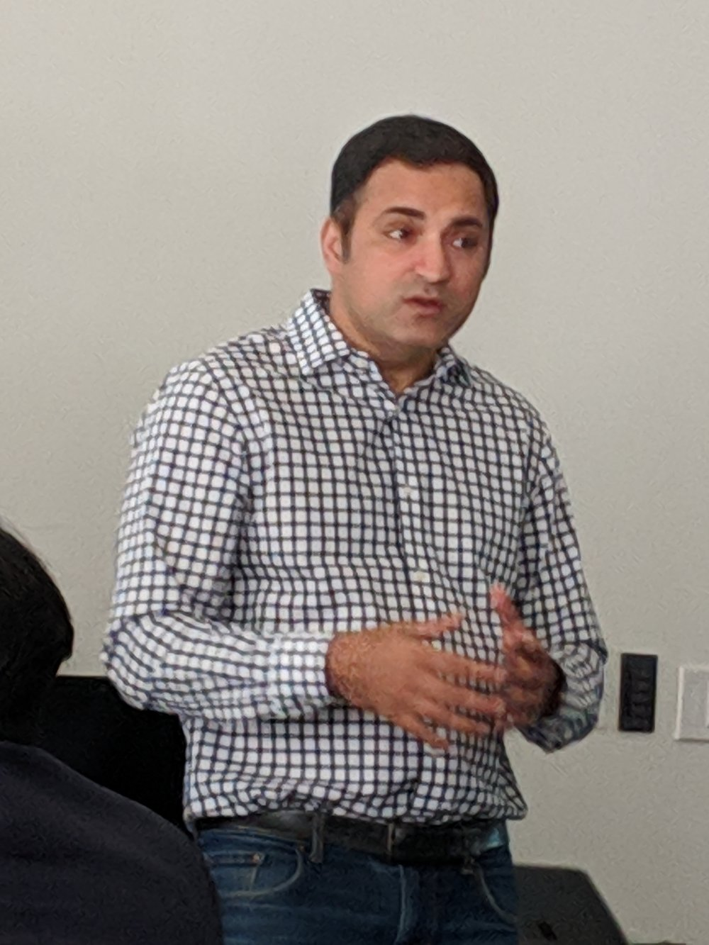 Raja Manzoor from Microsoft highlights the benefits of using a tool like Power BI.