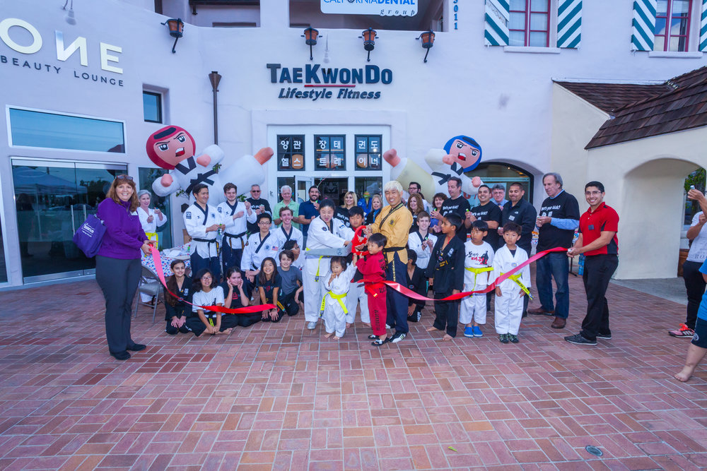 170515 Yang Masters United Taekwando Center Ribbon Cutting 0097.jpg