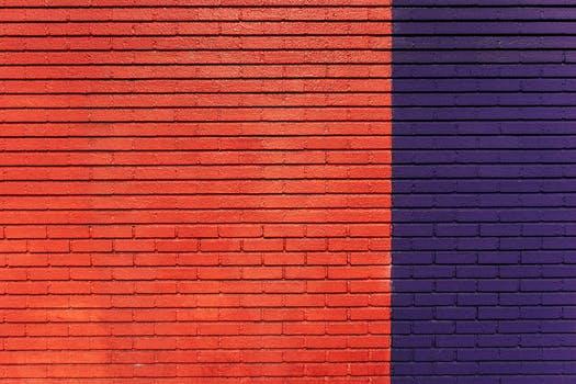 red-blue-bricks-pattern.jpg