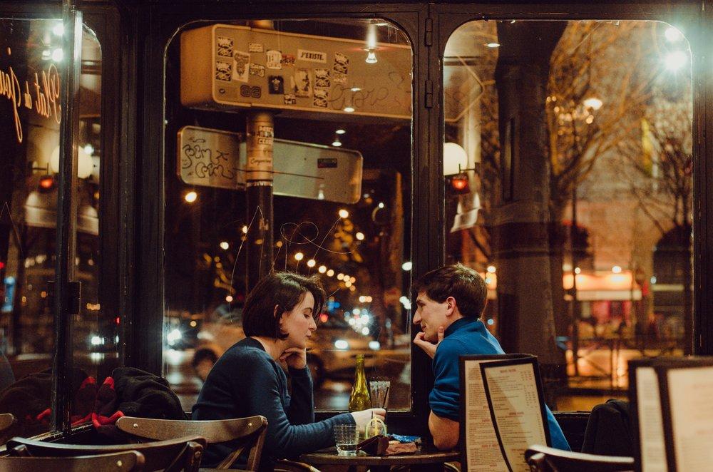 Cafés & Restaurants -
