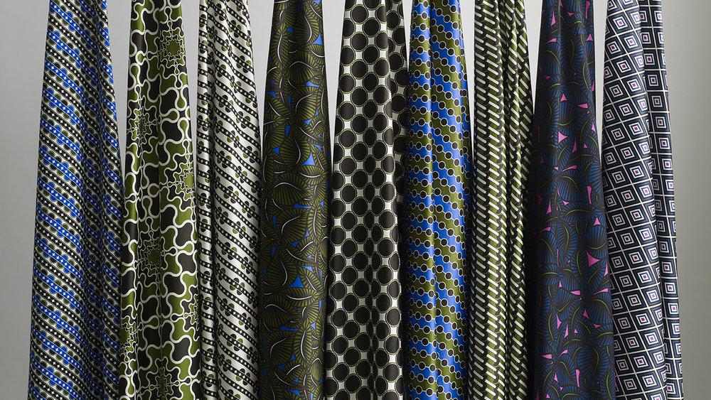 Pipet_Fabrics_Hanging_001_Barbican.jpg