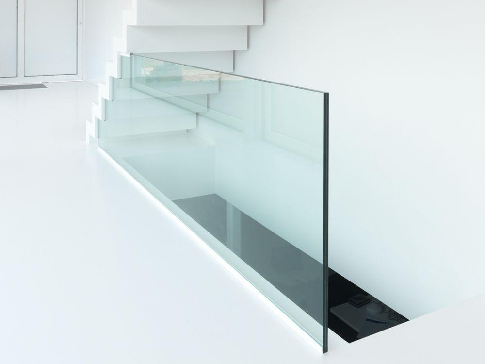 BINNENBALUSTRADES IN GLAS EN RVS (KLIK HIER)