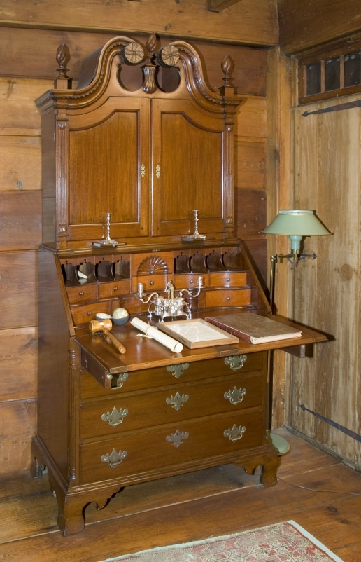 Allen-House-interior-desk-and-bookcase.jpg