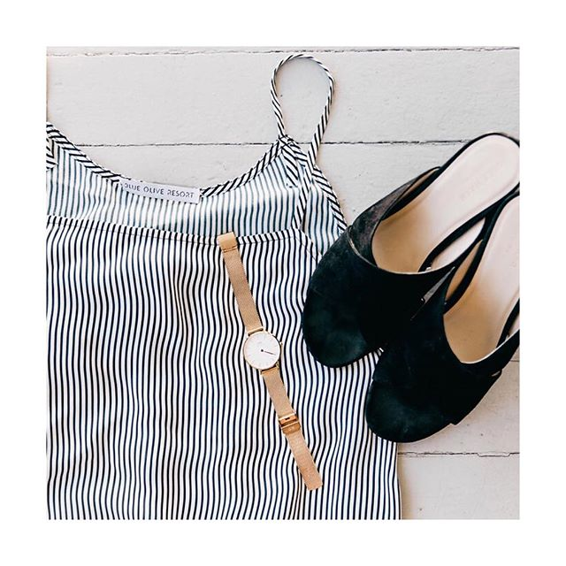 Weekend ready ✌️#blueolivemood our stripped drawstring maxi can be paired with just about anything.
