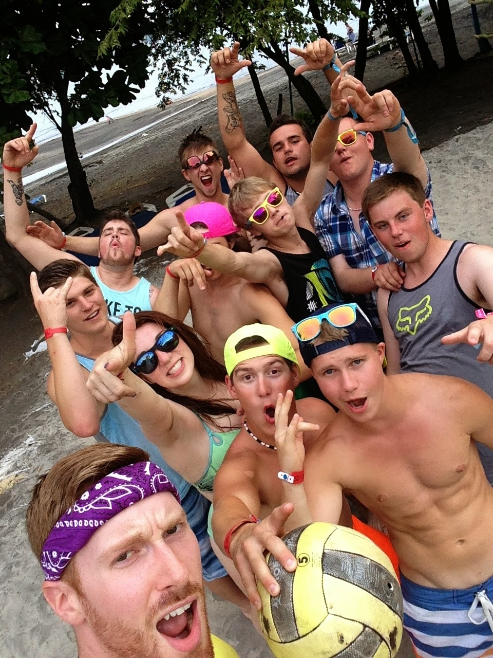 beach-volleyball-costa-rica-2014-student-trip