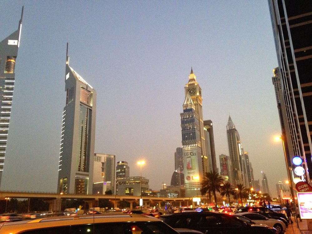 dubai-sheikh-zayed-road-emirates-towers