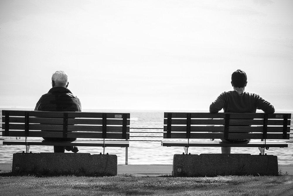 bench-1839287_1920.jpg