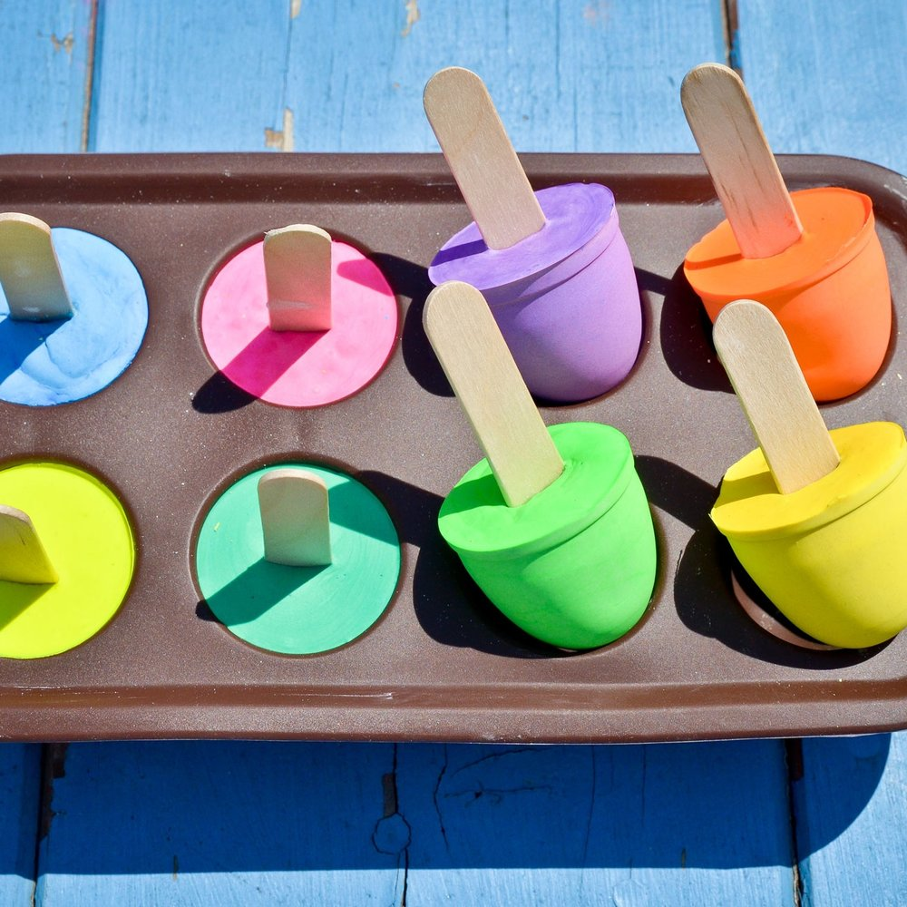 DIY Sidewalk Chalk Pops